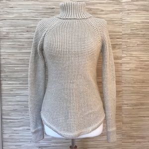 Guess Chunky Knit Turtleneck Sweater